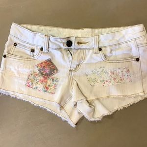 Cute little shorts with patches distressed